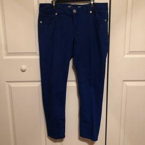 ⬇️$18 Melissa McCarthy Seven Jeans